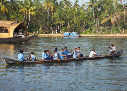 Kerala Backwaters Going to School 014 